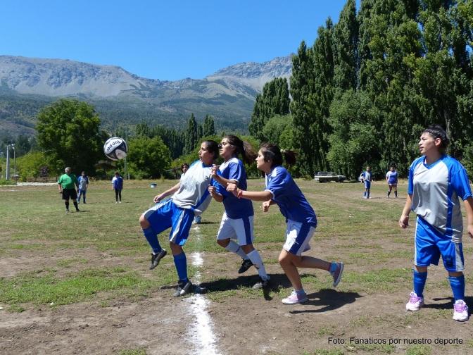 Tres décadas de fútbol femenino en la Comarca Andina