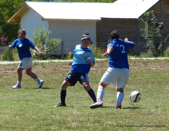 Deportivo Cristal lidera la liga femenina comarcal