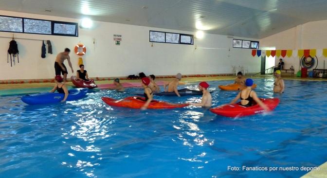 Exitoso primer curso de kayak