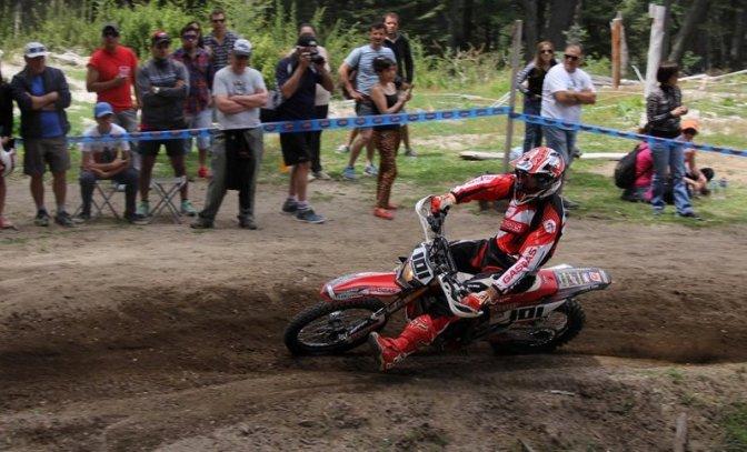 Pascual gano en Neuquén, pero quedó a un punto del título