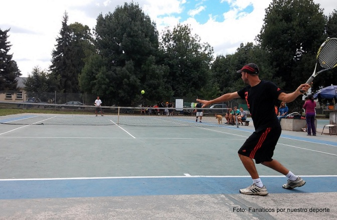 Buen arranque de año para el tenis comarcal