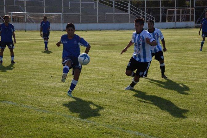 El gol de Córdoba no alcanzó para sumar de a tres