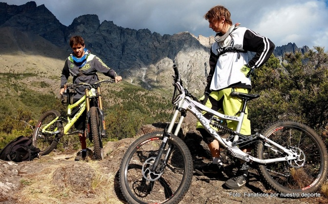 Trotta y Merino, dos ciclistas extremos
