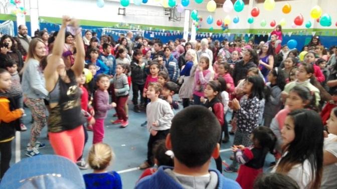Centenares de chicos festejaron el día del niño en El Bolsón