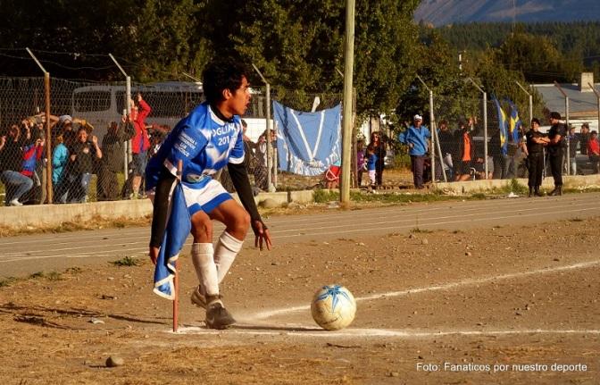 Deportivo Cristal y El Refugio ganaron y acechan