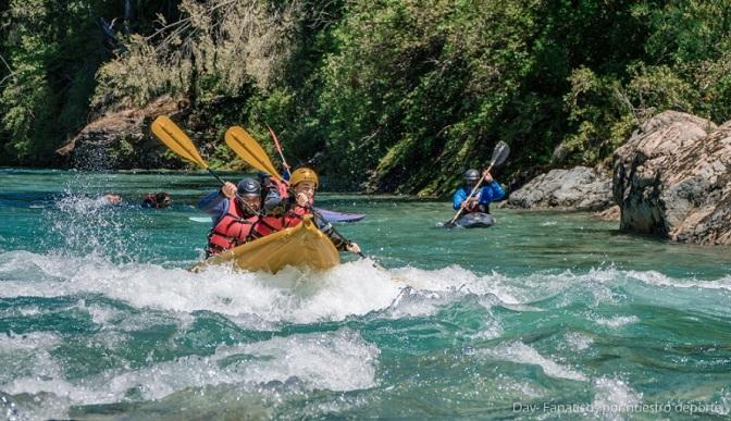 Rafting Rio Azul y un viaje por las aguas comarcales