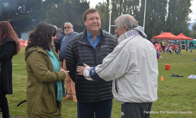 Weretilneck presente en Dina Huapi Rugby Club