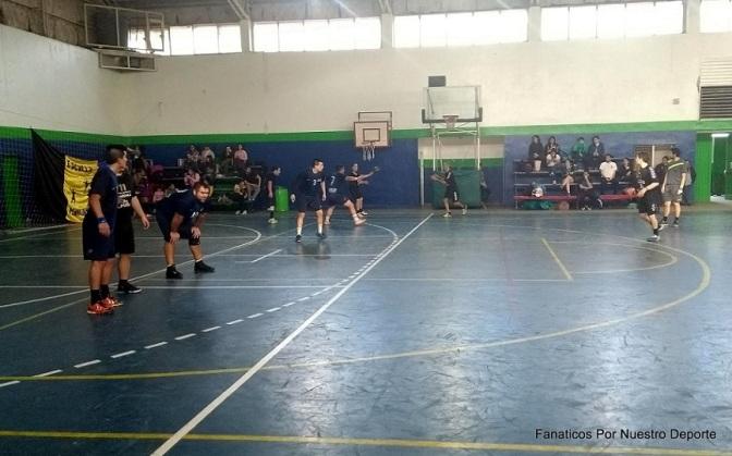 Handball El Bolsón dejó el invicto en casa