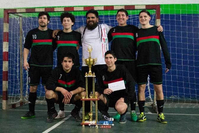 Los Bellacos y Los de Chiqui gritaron campeón