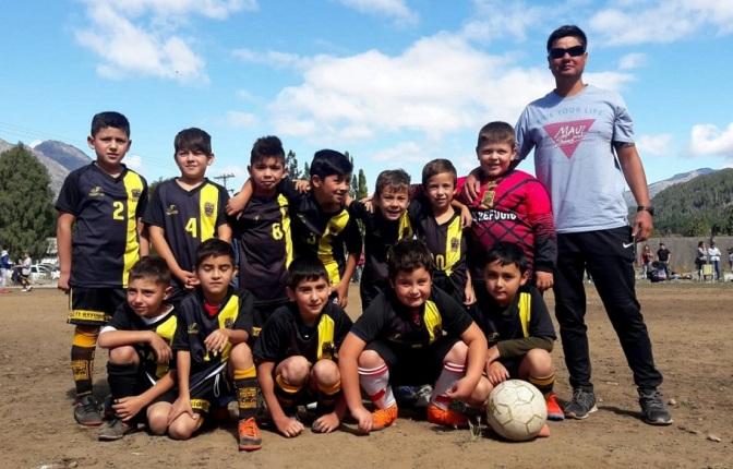 Los chicos jugaron en El Maitén y Ñorquincó